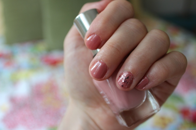 Vernis Essie A cut above
